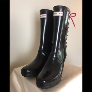 HUNTER Black & red lace up wedge boots Verbier 6